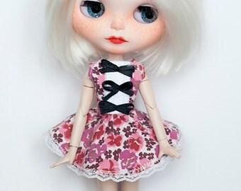 Blythe floral dress with lace and bows %SALE