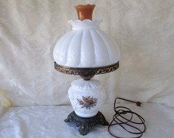 Vintage Gone With The Wind Hurricane Lamp, Table Lamp