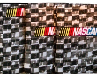 NASCAR Checkers with Black Cornhole Bags