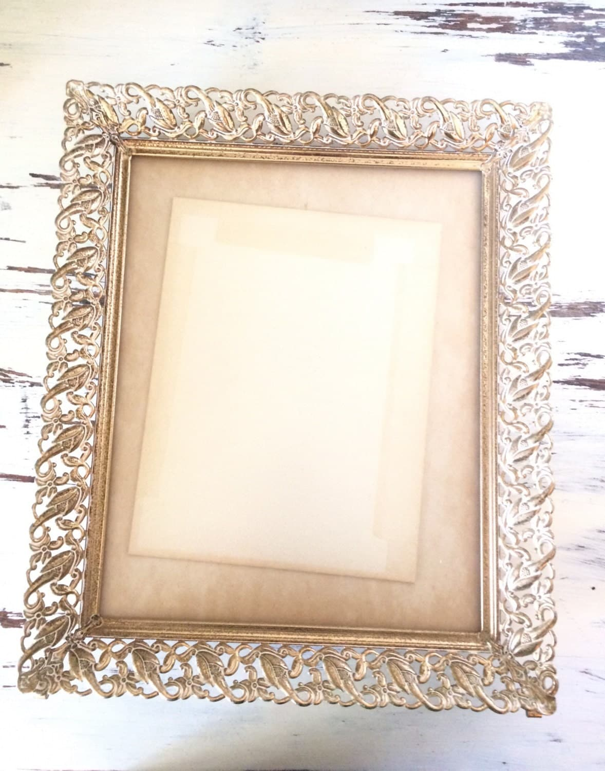 vintage metal picture frame white and gold with nice patina. Black Bedroom Furniture Sets. Home Design Ideas