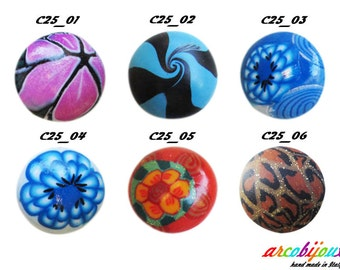 Round cabochon in Polymer Clay