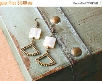 Valentines Sale White and Gold Earrings, Boho Chic Earrings, White Stone Earrings, Minimalist Earrings Gold, Geometric Earrings Dangle, Mode