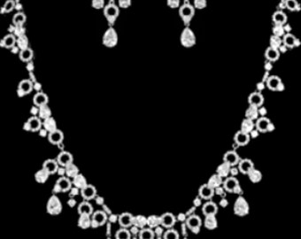 New Bridal CZ Crystal Tear Drop Chain & Rhinestone Necklace  With Matching Pierced Earring Set