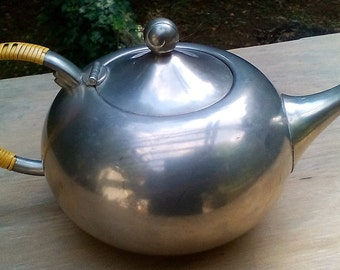 Mr Potts (Vintage KMD Tiel Holland Pewter 1950's Teapot) - Free Shipping!