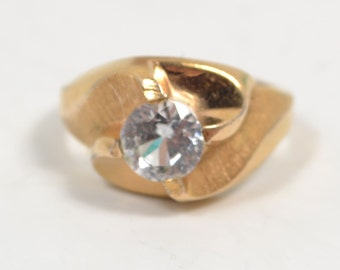 Size 6 Vintage Costume 10kt. Yellow Gold Filled Clear Stone Ring