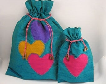 "Duo of bags ""Echo"" Silk emerald green, purple, orange and pink"