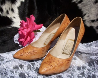 Vintage Tooled Leather Heels size 6.5