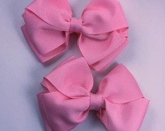 Pink piggy hair bow set