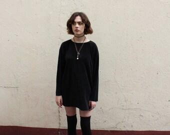 minimalist vintage ribbed shapeless  black top