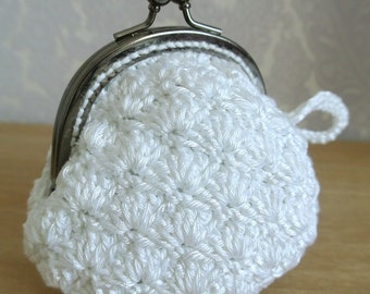 Purse hook in white cotton with black metallic clasp