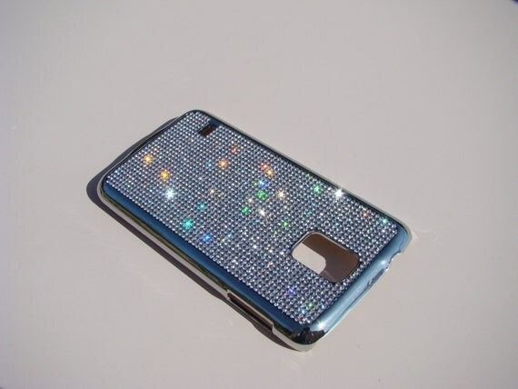 Galaxy S5 Clear Diamond Rhinestone Crystals on Silver Chrome Case. Velvet/Silk Pouch Bag Included, Genuine Rangsee Crystal Cases.