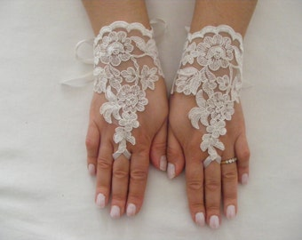 Ivory Lace Handmade Short Fingerless Wedding Gloves With Silk Ribbons