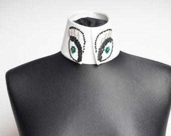Designer changing the collar Haute Couture collars
