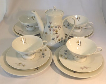 Mid Century Rosenthal Tea Set in Blutenspiell design - original from the 1960s