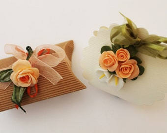 Party favor with orange rose