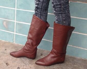 sz 7M vintage flat brown leather riding boots  BANDOLINO label