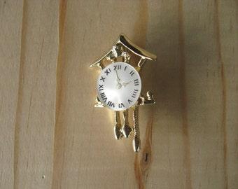 Vintage Cuckoo Clock Brooch Pin, Gold Tone