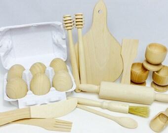 Childrens Wooden Kitchen Utensil Set - Montessori and Waldorf Inspired Pretend Play - 20 Items