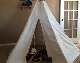 Kids indoor/outdoor canvas teepee.