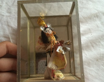 Vintage Geisha in a box