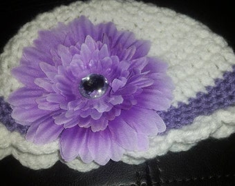 Baby Girl Hat, Purple and White Crochet Hat, Purple Flower, Photo Prop, Knit Baby Hat, Baby Shower Gift