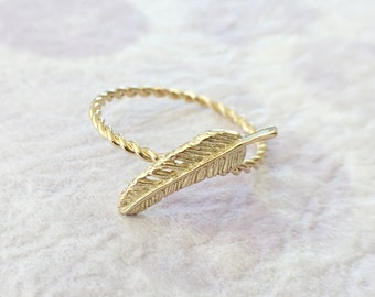 Feather Charm 14K Solid Gold Twisted Wire Ring, Stacking Ring, For Mom and Little Ones - made to order in your size