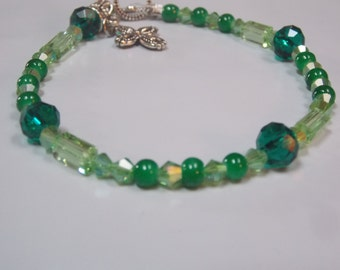 Hand made,beaded necklace w/ Jade