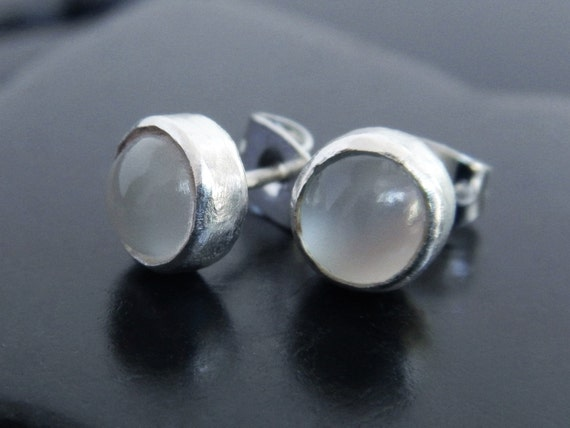 Genuine moonstone and sterling silver post earrings for Cat s eye moonstone jewelry