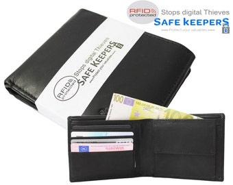 Black leather men's wallet with a lot of space for passes. Well secured by RFID technology by Safekeepers Skimm – allergy 1106al