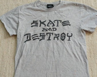 Skate and Destroy Graphic Tee- sz.  S