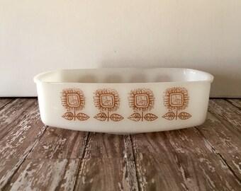 Vintage Milk Glass Loaf Pan, Federal Connoisseur Milk Glass, Federal Brown Sunflower Pattern, Casserole Dish, Sunflower Decor