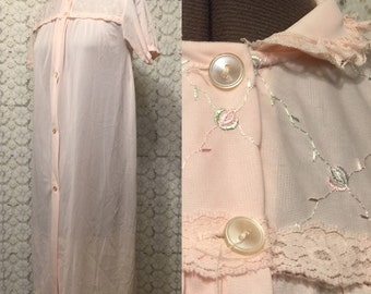 Pale pink polyester nightgown - house dress - house coat - button front - XS/S