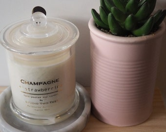 Scented Candle, Champagne,Strawberries, Aroma
