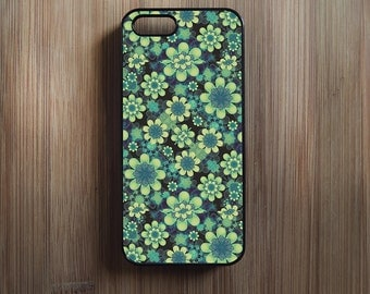 Lime Green Floral Pattern. iPhone 4/4s, iPhone 5/5s, iPhone 5c, iPhone 6, iPhone 6 Plus Case Cover 090