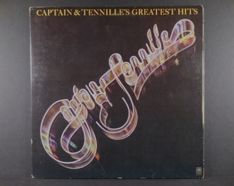 """Captain & Tennille's """"Greatest Hits"""" 1977 Vinyl Gatefold  LP"""