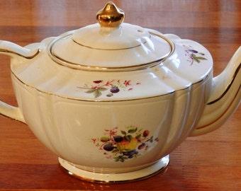 Vintage Sadler Teapot Pattern 2291 Fruit and Flowers Motif with Gold Trim     00906