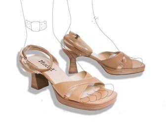 90s beige strappy platform Mudd sandals