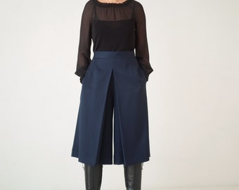 Women's culottes, wide leg culottes, bloomers, wide leg trouser's, modern design, wide leg pants, high waist, box pleat, divided skirts
