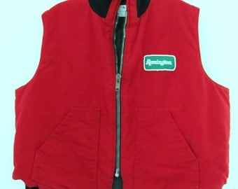 A Vintage Red,Mid-Century REMINGTON Zip Front HUNTING VEST By Foremost.xl