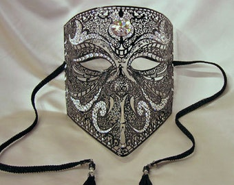 Masquerade Mask Venetian Costume Bauta for Men - Luxury Mask for Men - Z18