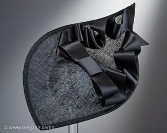 Melbourne Cup Black Hat Fascinator