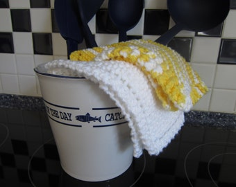 100% Cotton Knit Dishcloths - Yellow and White