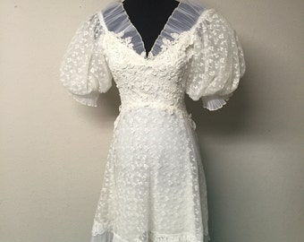 Vintage 1950's wedding dress small/medium