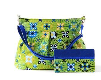Messenger Shoulder Bag - Everyday Messenger Bag - Weekender Bag For Women - Summer Cross Body Bag - Carry All Bag - African Fabric Bag