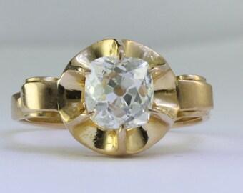 Antique 1.15 carat old mine Diamond engagement ring. 18 karat gold. Circa 1880