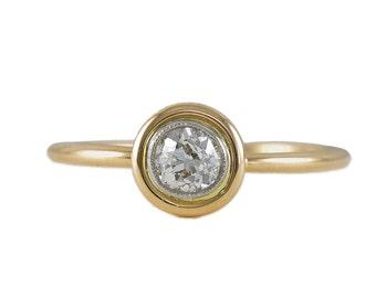 Handmade Antique 0.35 carat old European diamond platinum 18 kt engagement ring. Center is Edwardian circa 1900.