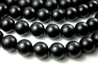 Matte Black Stone, 20mm Round Beads, 15.5 Inch, Full strand, 20 beads, Hole 1.3 mm (146054002)