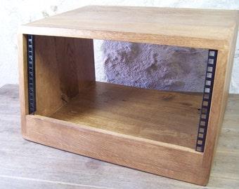 "Handmade French Oak 19"" 5U 5 Space Wooden Studio Rack"