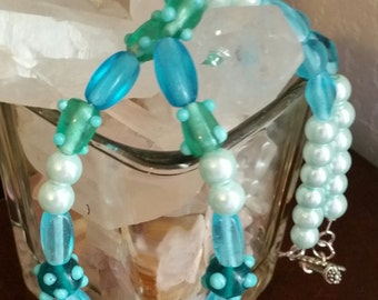 Blue, white and green bead necklace.  Item #N203