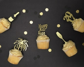New Years cupcake toppers. New years eve party. 10 cupcake toppers. NYE decor. NYE decor. NYE wedding. New years eve decorations.
